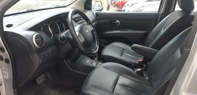 Nissan Livina 1.8 Flex Automático 2014 - Foto 7