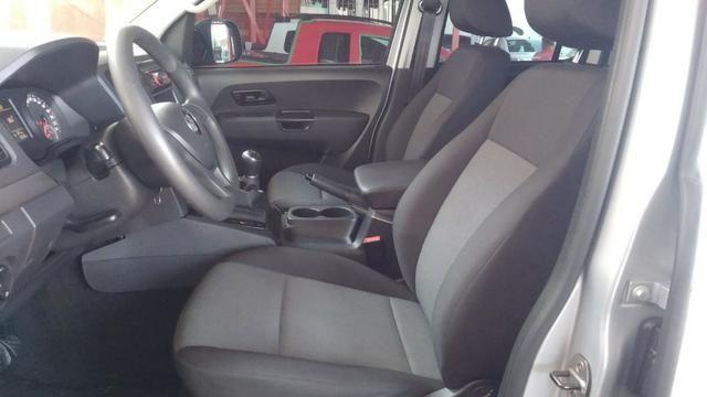 VW - Amarok S 2.0 Diesel 4x4 Manual - 2017 - Foto 8