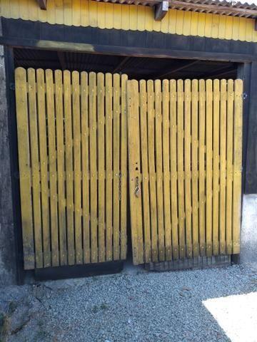 Vendo dois portão com Mourão valor r$ 850