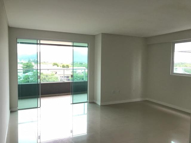 À venda 02 suítes | Com 105m² em Meia Praia, Itapema SC - Foto 3