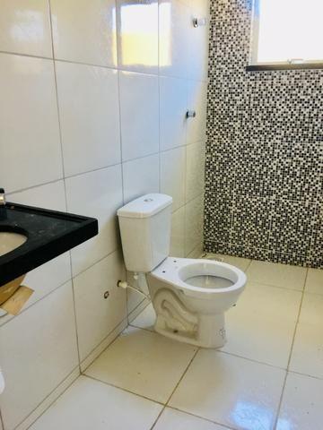 Linda casa com documentação gratis : 2 quartos , 2 banheiros , 2 vagas de garagem - Foto 13