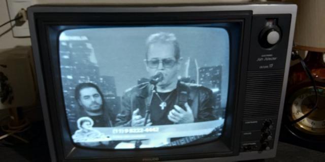 Tv phico anos 80 funcionando preto e branco - Foto 2