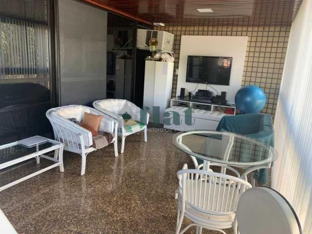 Apartamento à venda com 4 dormitórios cod:FLAP40033 - Foto 2