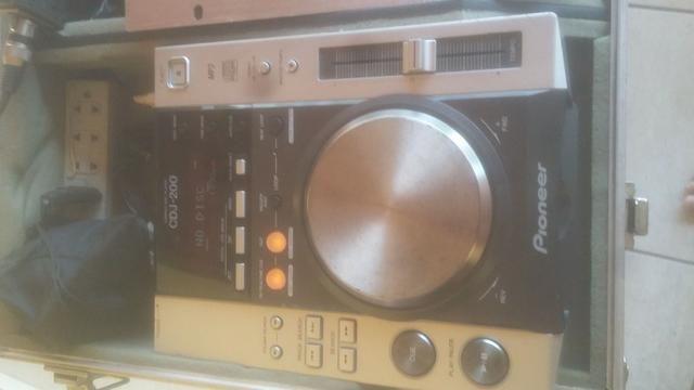 Par de cdj pionner 200 + mixer + case - set completo. **linktr.ee/pimentasonorizacao