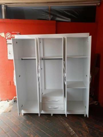 Guarda-roupa branco 6 portas Novo entrega grátis - Foto 3