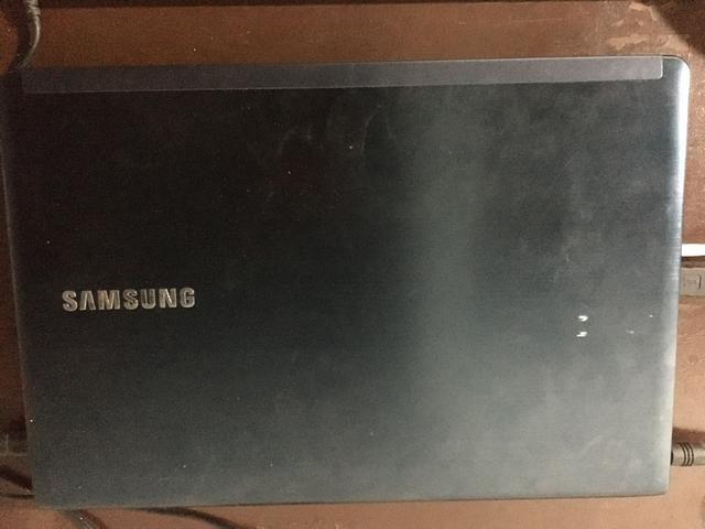Vendo notebook Samsung i5! - Foto 2