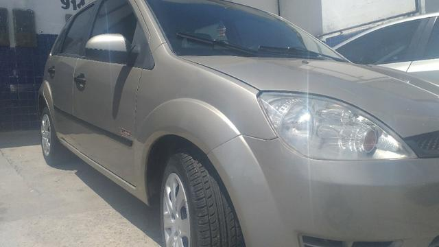 Fiesta hatch 2006 motor 1.6 Flex super novo - Foto 12