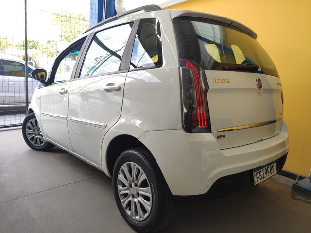 Fiat Idea 2015 1.6 dualogic $ 38900 - Foto 2
