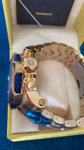 Relógio Invicta Venom Dourado com Azul a prova d'água Completo - Foto 6