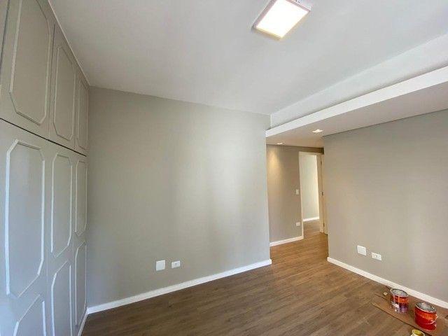 Apartamento impecável reformado com 3 dormitórios e 125m2 privativos, Rua Goiás próximo a  - Foto 11