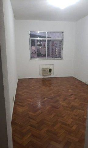 Apartamento de 02 quartos para alugar em Botafogo - Foto 16
