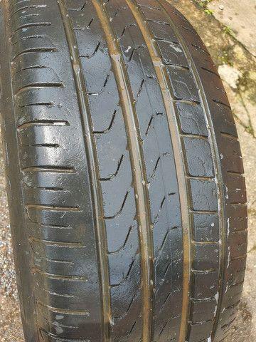 pneu 215/50 17R  pirelli 70% - Foto 3