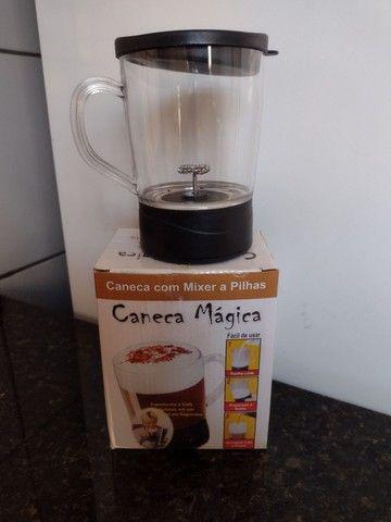 Caneca Mixer 500ml a pilha - Foto 2