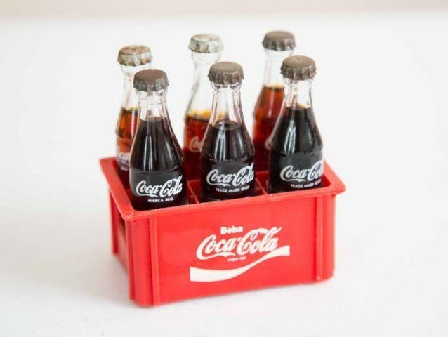 Miniatura Coca Cola Engradado Com 6 Garrafinhas Raridade