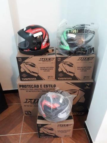 Temos peça e acessório para você motoqueiro , capacete , andamento pneus etc.