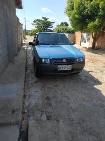 Fiat uno Mille fire 1.0 4portas em dias só no ponto pra transferir