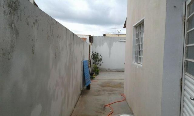 Vendo casa com 3 quartos no Canaã 3 - Foto 4