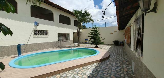 Alugo Excelente casa com piscina no Cohatrac - Foto 13