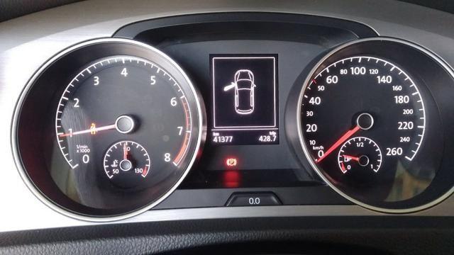 VW - Golf 1.6 Confortline MSI Manual - 2016 - Foto 12