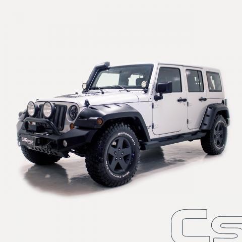 JEEP WRANGLER 2011/2011 3.8 UNLIMITED SAHARA 4X4 V6 12V GASOLINA 4P AUTOMÁTICO