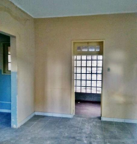 [ A835 ]Casa com 2 Pavimentos. No Espinheiro !! - Foto 5