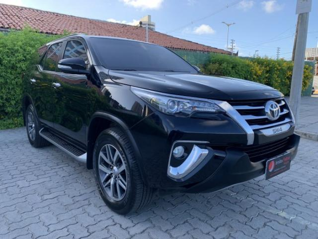 Toyota hilux sw4 2017 2.8 srx 4x4 7 lugares 16v turbo intercooler diesel 4p automÁtico - Foto 3