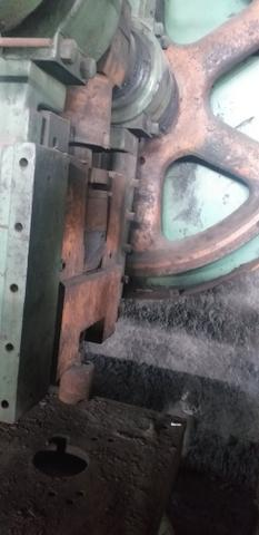 Vendo prensa excêntrica 60 toneladas - Foto 3