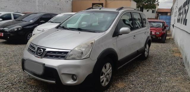 Nissan Livina 1.8 Flex Automático 2014