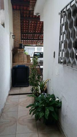 Linda casa com 3 quartos e amplo quintal com piscina em Guadalupe - Foto 3