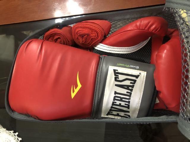 41889fac8 Luva de Boxe Everlast 16oz Nova - Esportes e ginástica - Copacabana ...