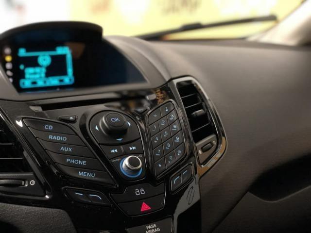 Ford New Fiesta Sed. Titanium 1.6 Powershift Automático 2014 - Foto 18