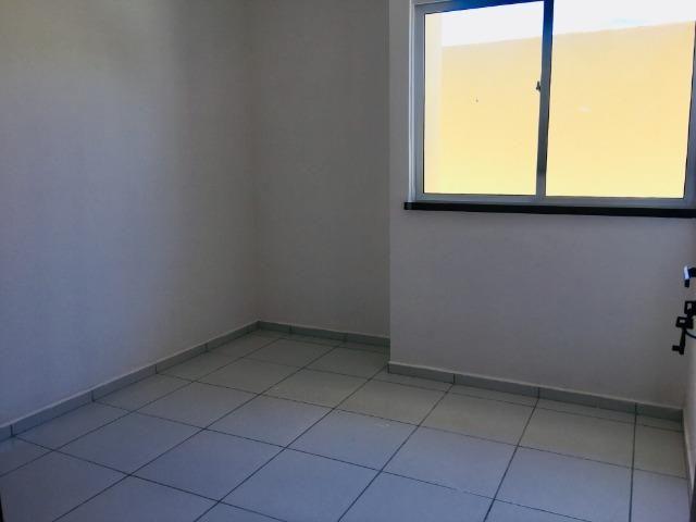 Linda casa com documentação gratis : 2 quartos , 2 banheiros , 2 vagas de garagem - Foto 12