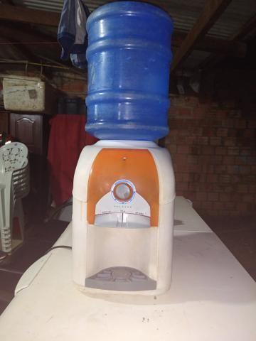 Bebedouro Esmaltec Usado 250 Aceito proposta - Foto 2
