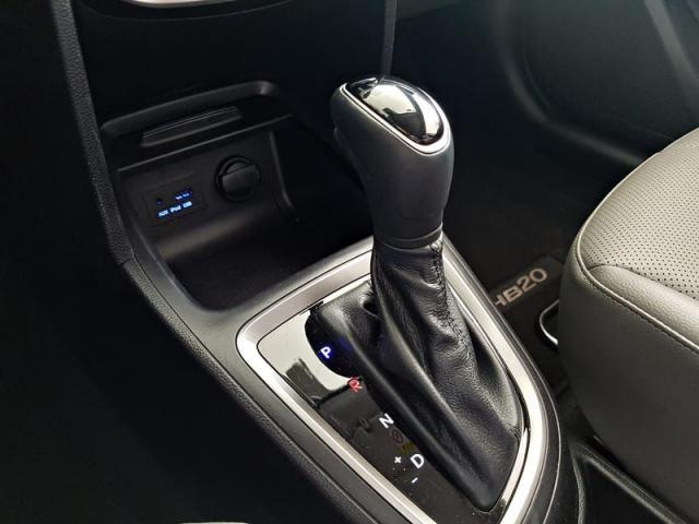 Hyundai HB20S Premium 1.6 Flex 16V Aut - Foto 15