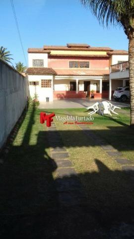 4036 - Casa área externa gramada, 4 quartos para sua moradia em Unamar