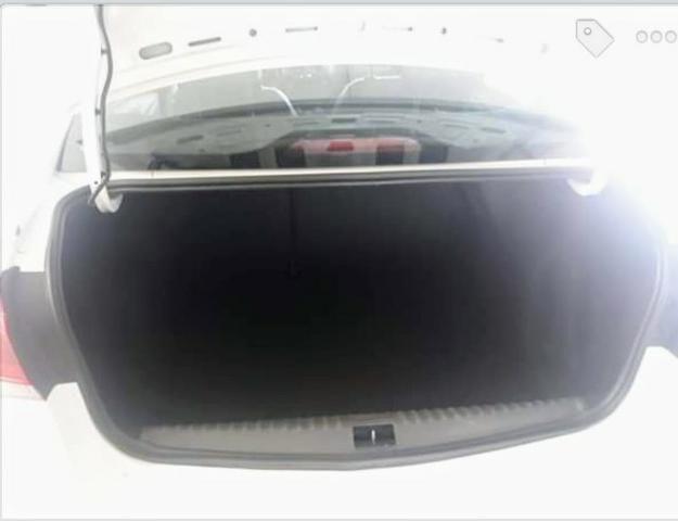 Vendo Chevrolet Cobalt Elite 1.8 automático,banco de couro marrom (Elite),IPVA 2020 pago - Foto 5