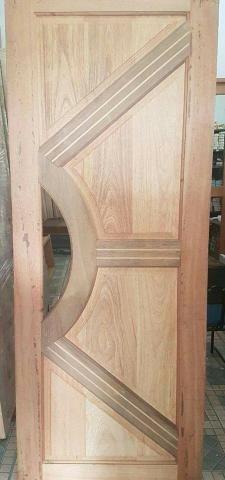 Portas de madeiras / janelas de madeiras/ puxador / fechaduras - Foto 6