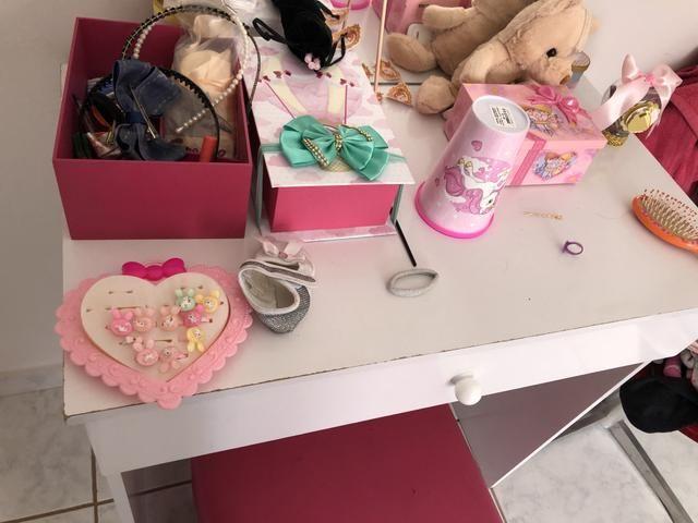 Penteadeira infantil com Puff rosa - Foto 3
