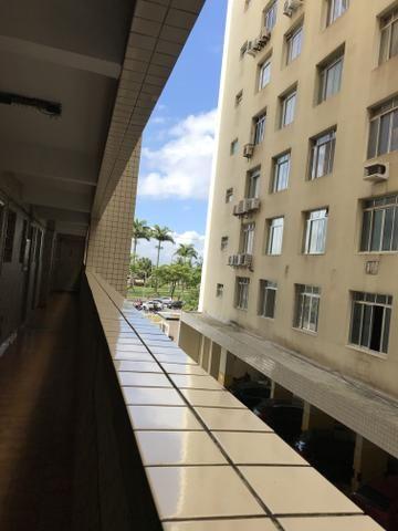 Sala living na divisa de Santos - Foto 11