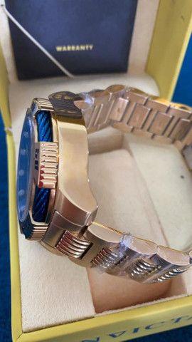 Relógio Invicta Speedway Tritnite Fundo Azul a prova d'água - Foto 3