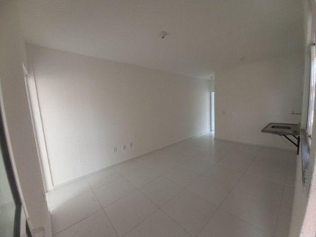 DP casa nova com entrada a partir de 2 mil reais com 2 quartos e documentação inclusa - Foto 4