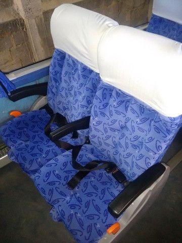 Onibus volvo LD busscar 2001/2002 j bu 400r 396 cv 44 lugares 2002 - Foto 7