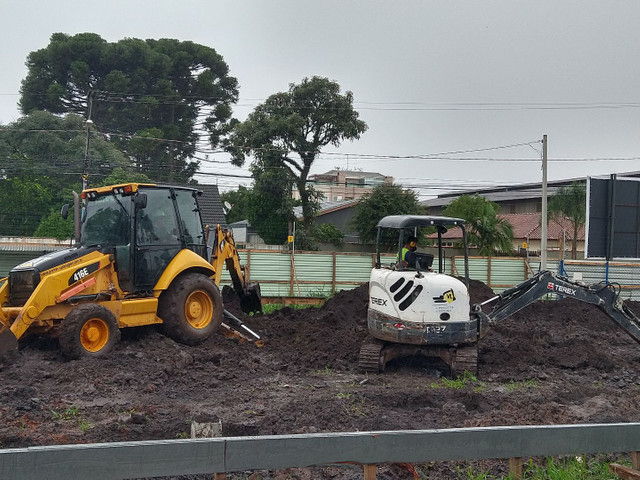 Locações Mini Escavadeira - Foto 5