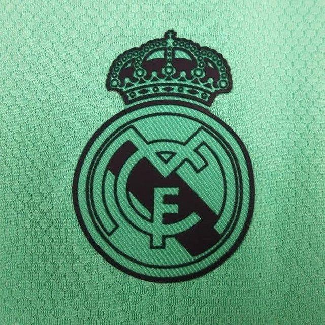 Camisa Real Madrid III - Foto 3