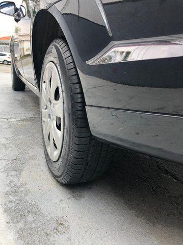 Lindo Ford Fiesta Sedan 1.6 Flex Extremamente Novo - Foto 18