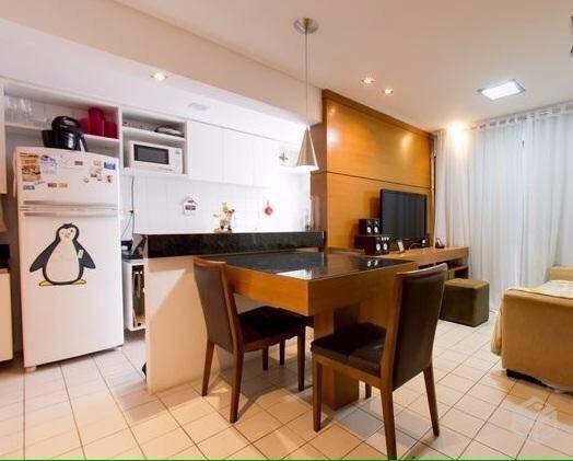 Aluga-se Quarto e sala com suíte closet e varanda, completamente mobiliado na Ponta Verde