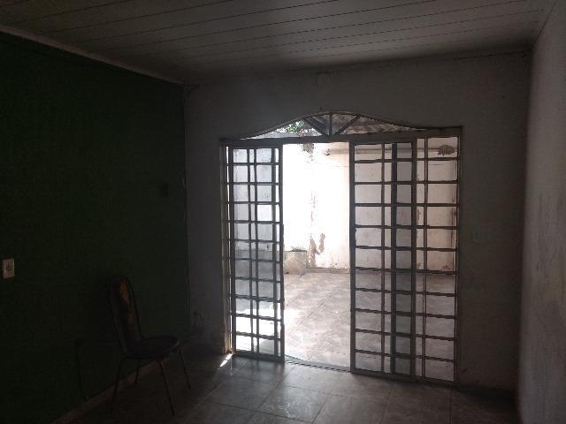 Qr 621 180 mts Lote Com 04 Residencias, 02 quartos * ZAP - Foto 2