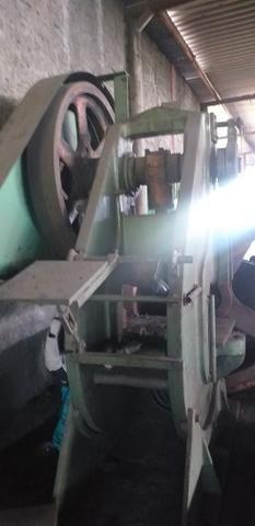 Vendo prensa excêntrica 60 toneladas - Foto 2