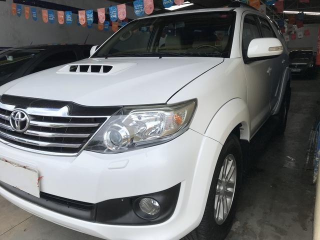 Toyota Hilux SW4 SRV - Foto 2