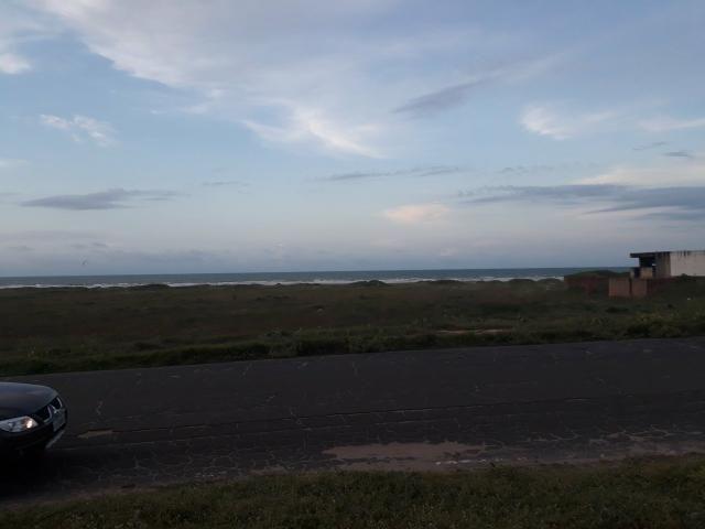 Terreno de frente pro mar (Praia De Atalaia)